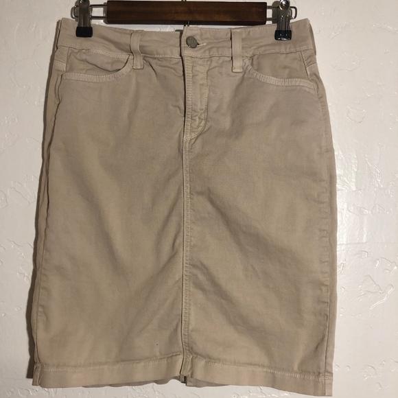 NYDJ Dresses & Skirts - NYDJ khaki pencil skirt, size 2P